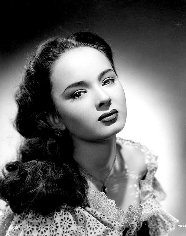 Teenager Ann Blyth
