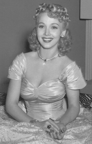 Young Carole Landis