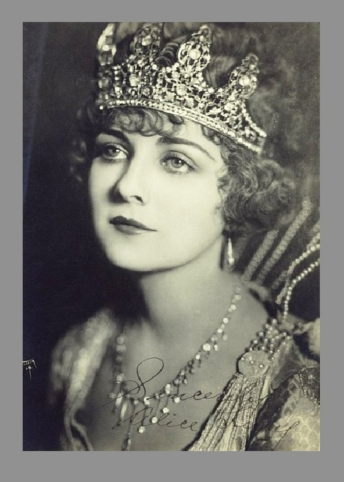 Born Alice Frances Taeffe, American Silent film era actress Alice Terry (July 24, 1900 – December 22, 1987)
