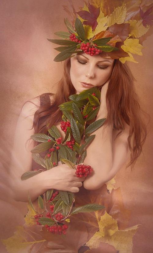 Gorgeous autumn fairy